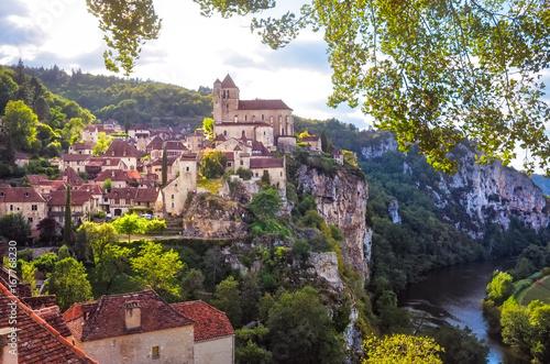 Photo Stands Europa Landscape view of medieval village Saint Cirque La Popie in France
