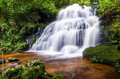 Fototapeten Wasserfalle Nature landscape of waterfall hidden in the tropical, Thailand