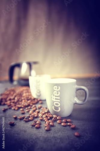 Canvas Prints Coffee beans cafetière avec tasse et grains de café