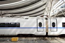 High Speed Trains Stay In Beij...