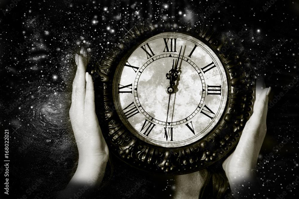 Fototapety, obrazy: Hours show midnight