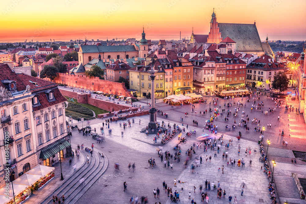 Fototapety, obrazy: Warsaw, Poland: Castle Square and the Royal Castle, Zamek Krolewski w Warszawie in the sunset of summer