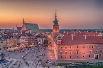FototapetaWarsaw, Poland: Castle Square and the Royal Castle, Zamek Krolewski w Warszawie in the sunset of summer
