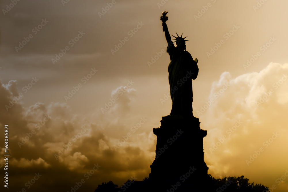Fototapety, obrazy: Statue of Liberty in New York