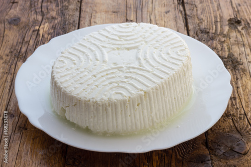 Photo  Tasty fresh cow Ricotta cheese