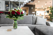 Bouquet Of Red Roses In Glass ...