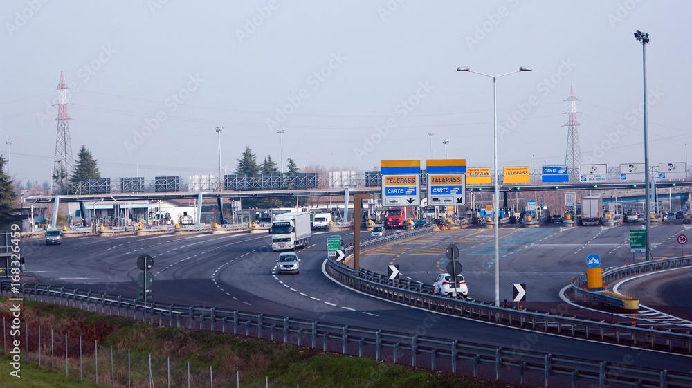 Fototapeta Autostrada a Milano