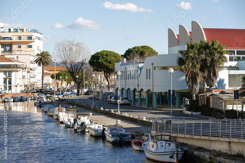 Photo Stands South Africa Italien, Toskana, Versilia, Viareggio, Meer, Strand Hafen, Mole, Berge, Winter, Urlaub,
