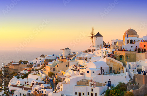 In de dag Santorini view on Oia village during sunset, Santorini island, Cyclades, Greece
