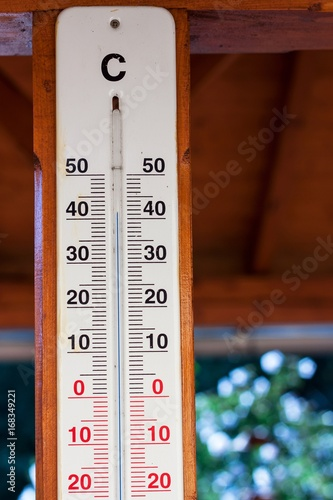 View Of Outdoor Thermometer Extreme Temperature In The Shade 42