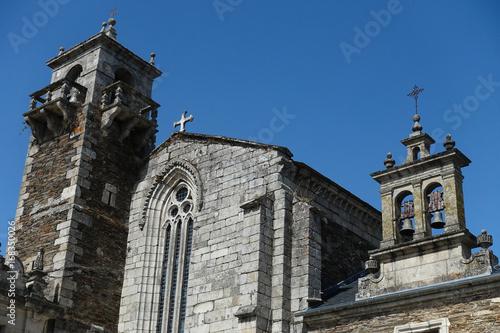 Papiers peints Monument Eglise à Lugo
