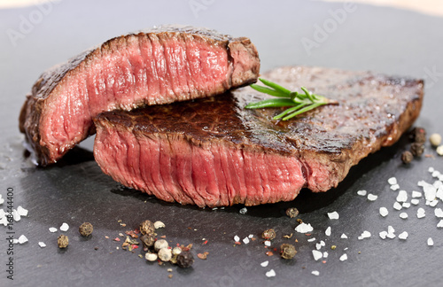 Papiers peints Steakhouse aufgeschnittenes Steak