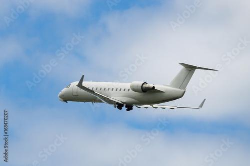 Fotografie, Tablou Bombardier CRJ-200ER takeoff