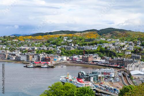 Stadtpanorama von Oban, Schottland Fototapeta