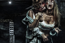 Horror Zombies Fighting With W...