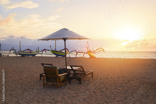 Fototapety, obrazy: Stunning beautiful sunlight beach with relaxing scenery on a beach. Famous travel destination in Sanur, Bali, Indonesia.