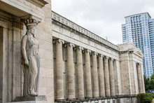 Statue Und Säulen Am Field Mu.