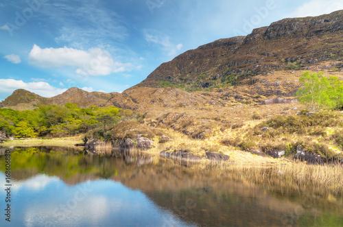 Foto auf Gartenposter Reflexion Connemara lake and mountains in Co. Mayo, Ireland