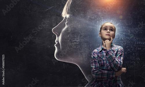 dziecko-poznajace-swiat-artystyczny-przekaz