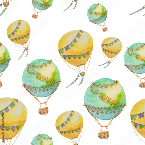 seamless-pattern-of-balloons-with