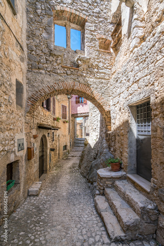 Photo Fumone, comune in the Province of Frosinone in the Italian region of Lazio