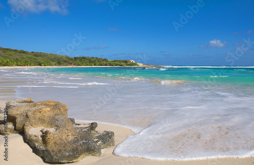 Foto auf Acrylglas Tropical strand Half Moon Bay Atlantic Ocean coast - Caribbean tropical island - Saint John's - Antigua and Barbuda