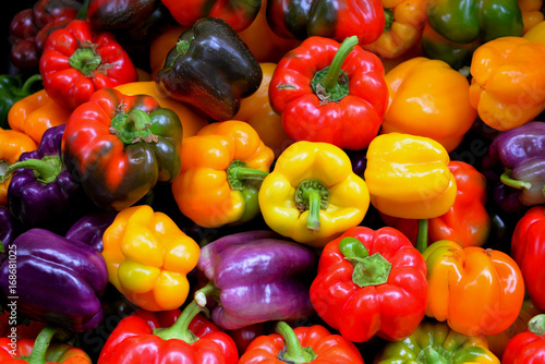 Stampa su Tela Colorful bell peppers, Farmer's Market, Portland, Oregon