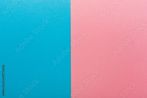 Fotografía  Blue and pink contrast background