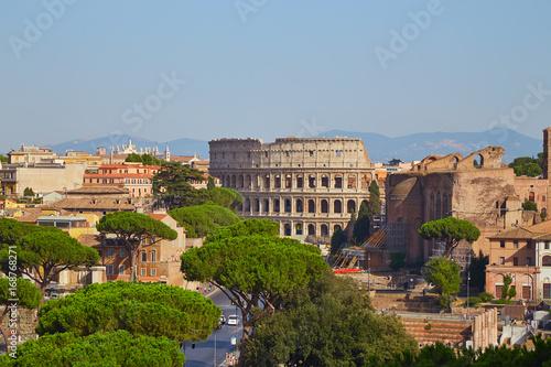 Foto auf Gartenposter Rom Rome skyline colosseum with blue sky in summer day