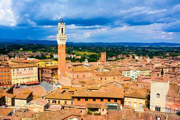 Fototapeta Toskania Citta di Siena, edifici medievali in Toscana italia