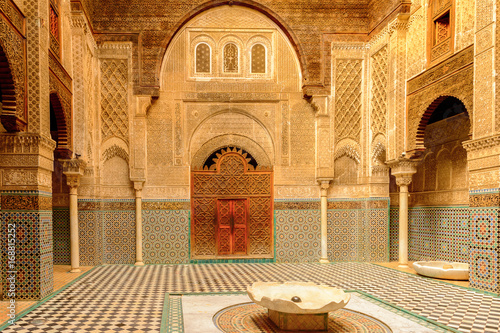 Fotografía  Bou Inania Madrasa, Fez, the second largest city of Morocco