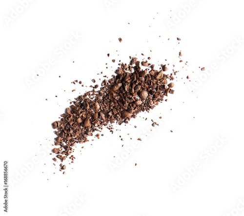 Poster Café en grains Pile of coffee bean craked powder isolated on white background top view