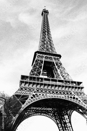 Paris #168889698