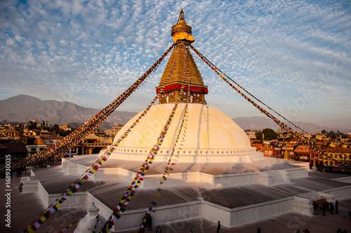 Obraz na plátně Boudhanath  Buddyjska stupa przed trzęsieniem ziemi w Nepalu