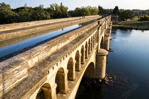The Pont-canal de l'Orb in Beziers, a canal bridge part of the Canal du Midi in Southern France Poster Mural XXL