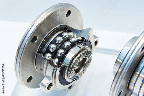 Photo Double row angular contact wheel bearing