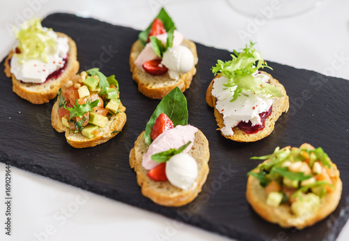 Poster Entree different kinds of canape