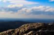 Berg unter blauen Himmel