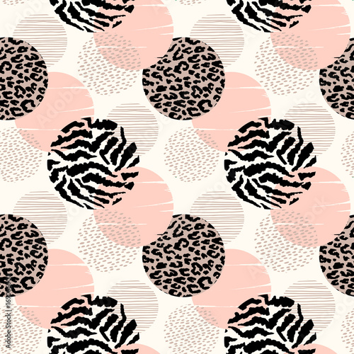 abstrakcjonistyczny-geometryczny-bezszwowy-wzor-z-zwierzecym-drukiem-i-okregami