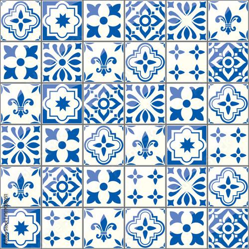wektorowy-geometryczny-wzor-na-plytkach-styl-portugalski-lub-hiszpanski-niebieski-motyw-azulejos