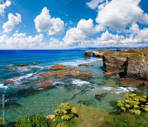 Cadres-photo bureau Cote Cantabric coast summer landscape.