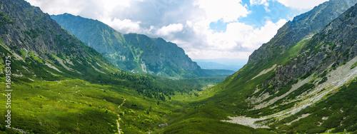 Photo  Valley in High Tatras National Park, Slovakia