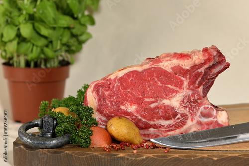 Fototapeta Frisches Rindfleisch