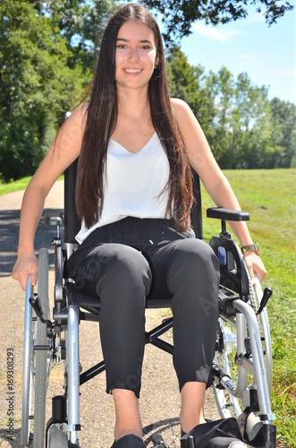 Dating im Rollstuhl : Stiftung MyHandicap