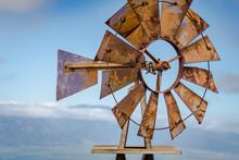 Maui Farm Windmill ©2017 Ranae Keane-Bamsey Photography Www.EMotionGalleries.com