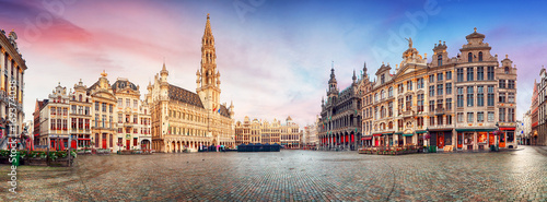 Poster Brussel Brussels, panorama of Grand Place in beautiful summer day, Belgium