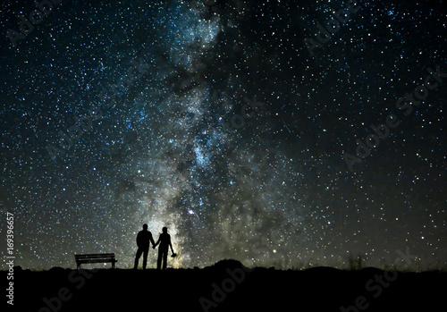 Fotografie, Obraz  Yıldızlar Altında Aşkı Yaşamak