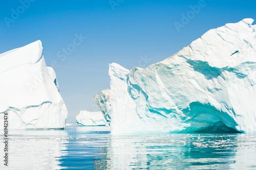 Foto op Aluminium Arctica Icebergs in the Ilulissat icefjord, Greenland
