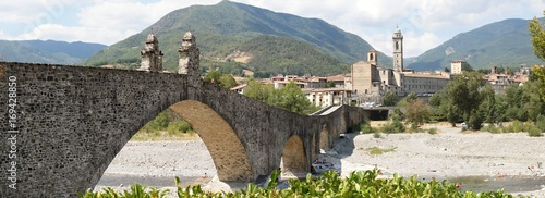 Bobbio Wallpaper Mural