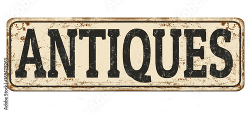Photo  Antiques vintage rusty metal sign